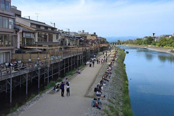 barrios de geishas pontocho